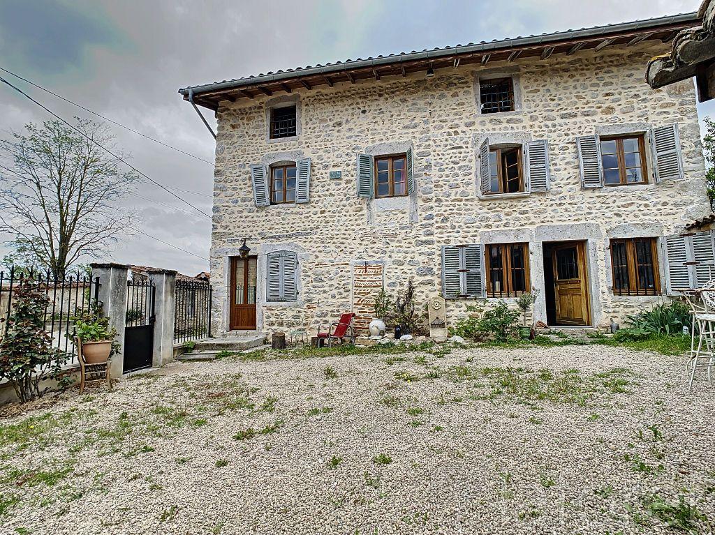 Achat maison 5chambres 280m² - Saint-Maurice-de-Rémens