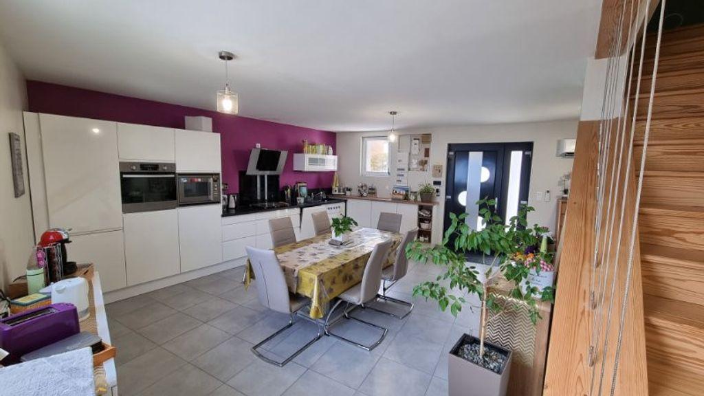 Achat maison 3chambres 145m² - Bellerive-sur-Allier