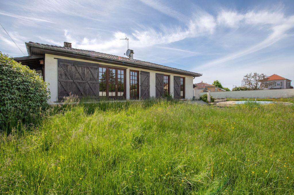 Achat maison 3chambres 101m² - Saint-Jean-de-Thurigneux