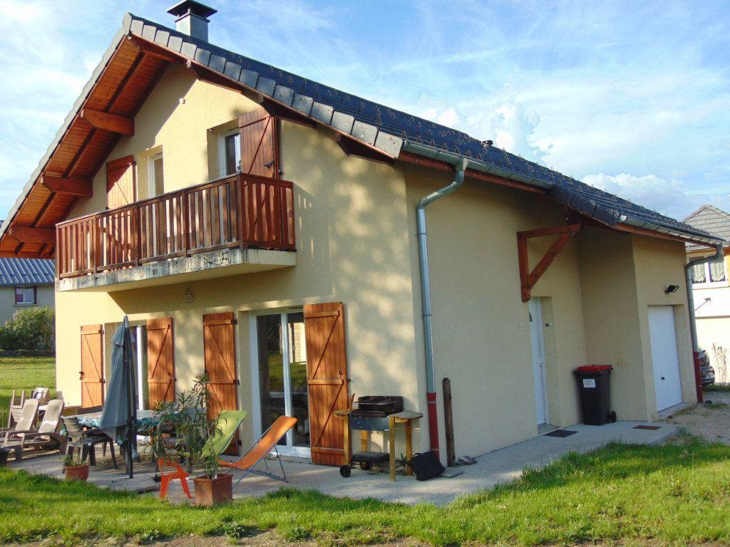 Achat maison 3chambres 89m² - Champdor-Corcelles