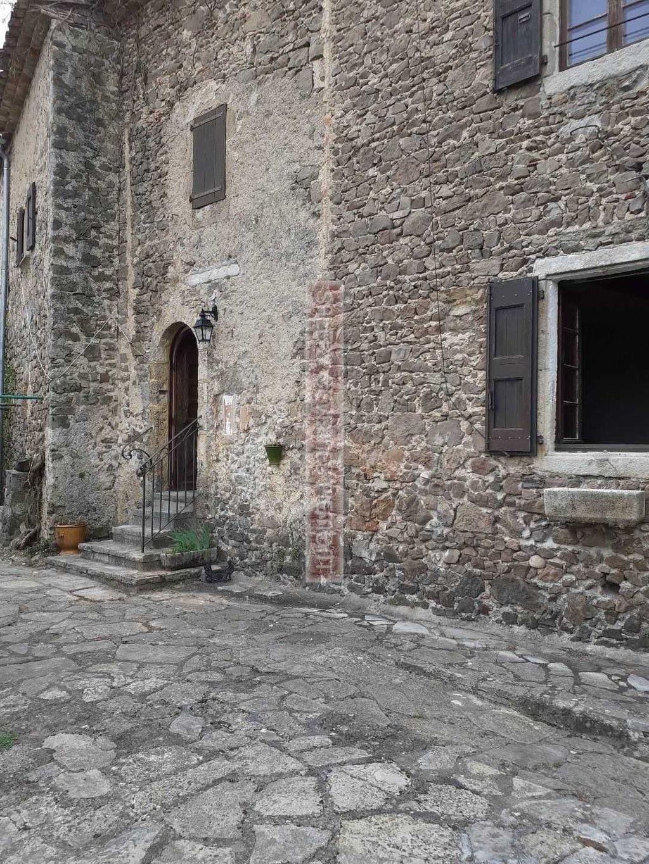 Achat maison 9 chambre(s) - Thoiras