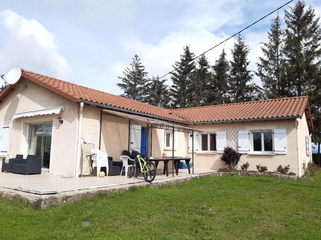 Achat maison 4chambres 128m² - Sanssac-l'Église