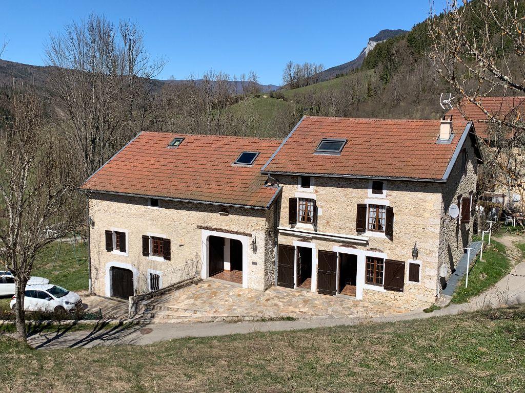 Achat maison 8chambres 440m² - La Chapelle-en-Vercors