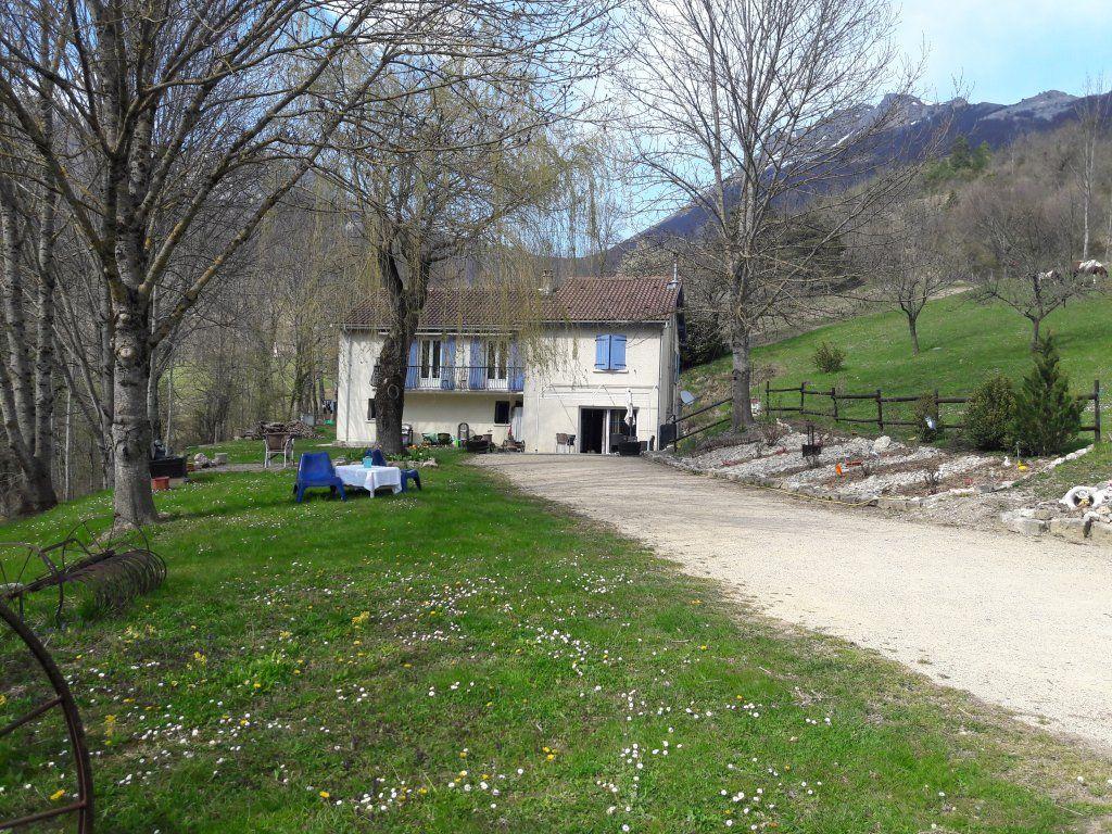 Achat maison 7chambres 209m² - Omblèze