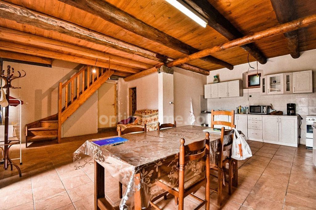 Achat maison 3chambres 98m² - Sainte-Eugénie-de-Villeneuve