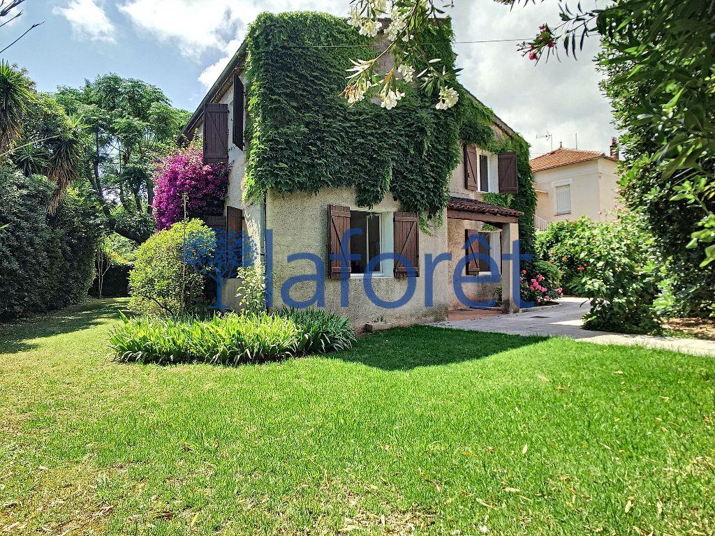 Achat maison 6chambres 160m² - Toulon