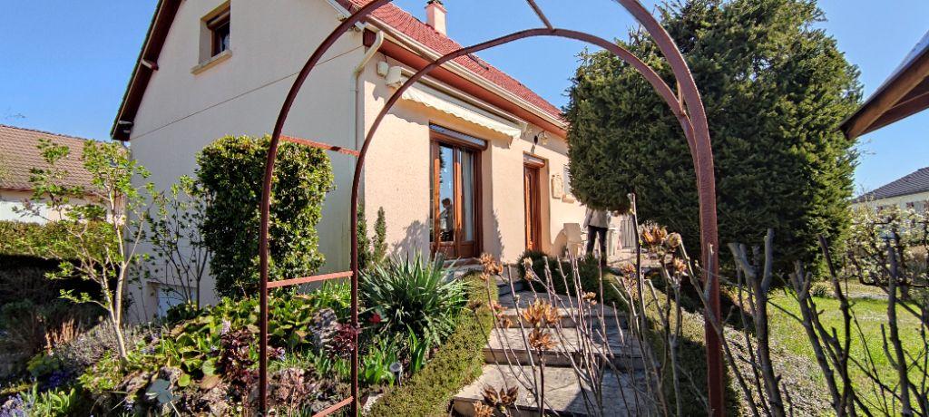 Achat maison 4chambres 122m² - Coulanges-lès-Nevers