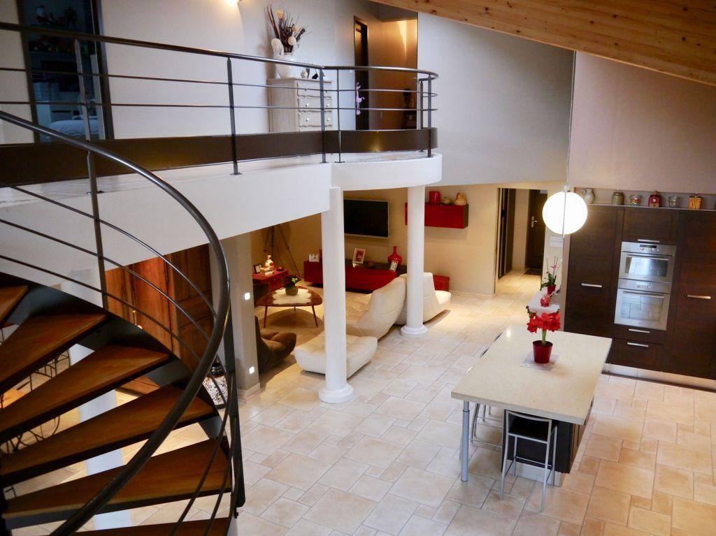 Achat maison 3chambres 209m² - Malissard