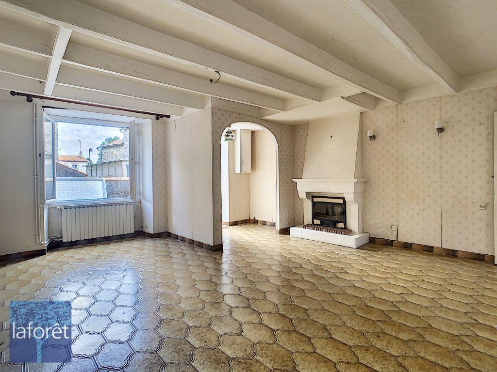 Achat maison 4chambres 120m² - Saint-Aubin-le-Cloud