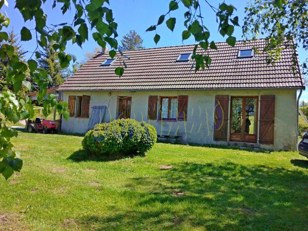 Achat maison 4chambres 117m² - Saint-Brisson