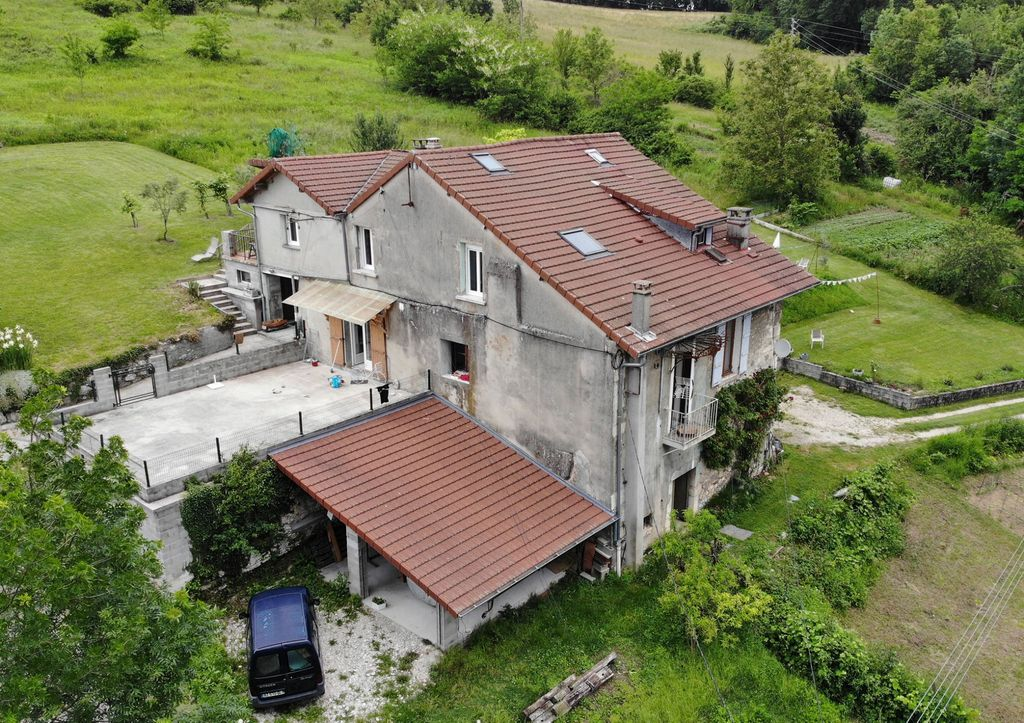 Achat maison 4chambres 210m² - Seyssel
