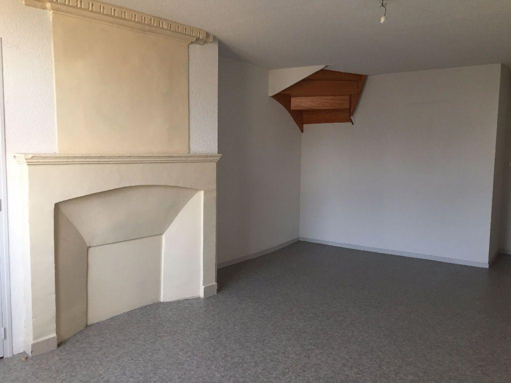 Achat duplex 3pièces 82m² - Fontenay-le-Comte