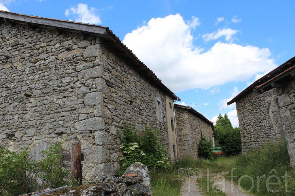 Achat maison 2chambres 85m² - Varennes-Saint-Honorat