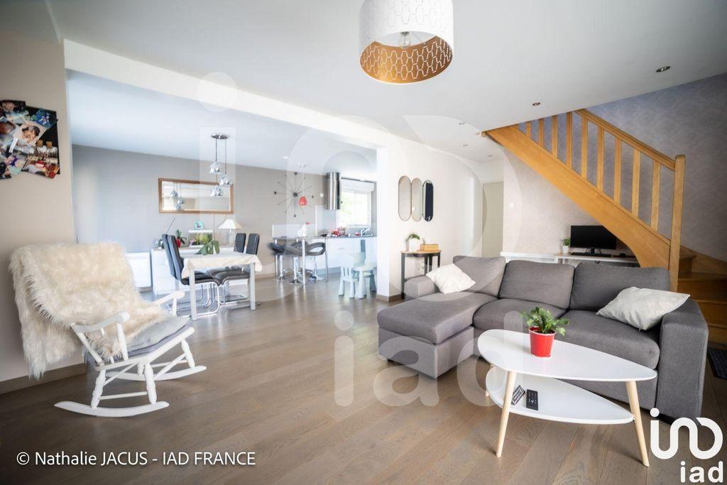 Achat maison 4chambres 111m² - Saint-Julien-les-Villas