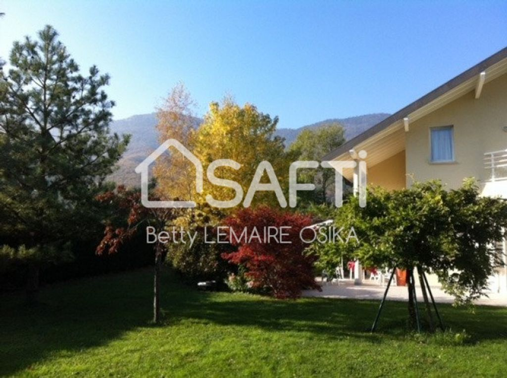 Achat maison 4chambres 176m² - Divonne-les-Bains