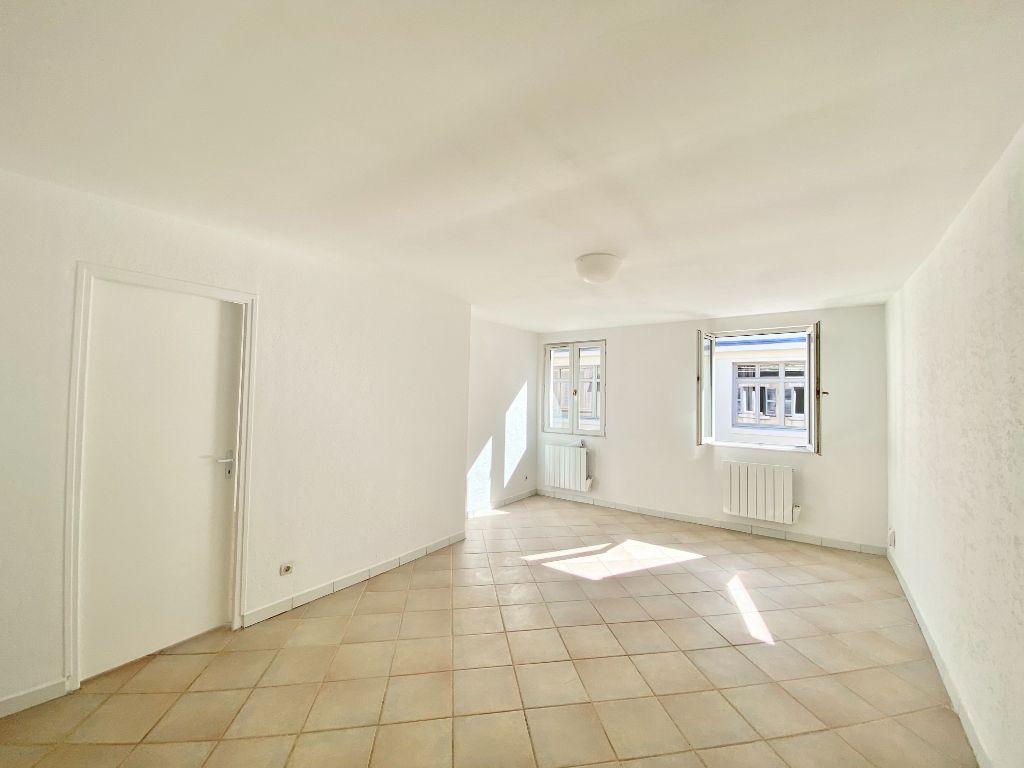 Achat appartement 3pièces 64m² - Marseille 1er arrondissement