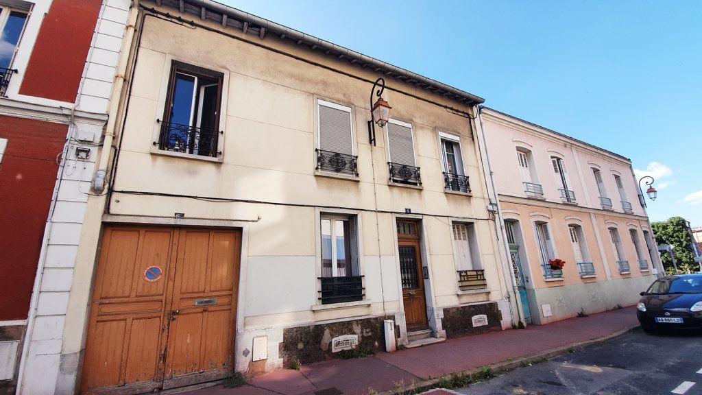 Achat studio 9m² - Montrouge