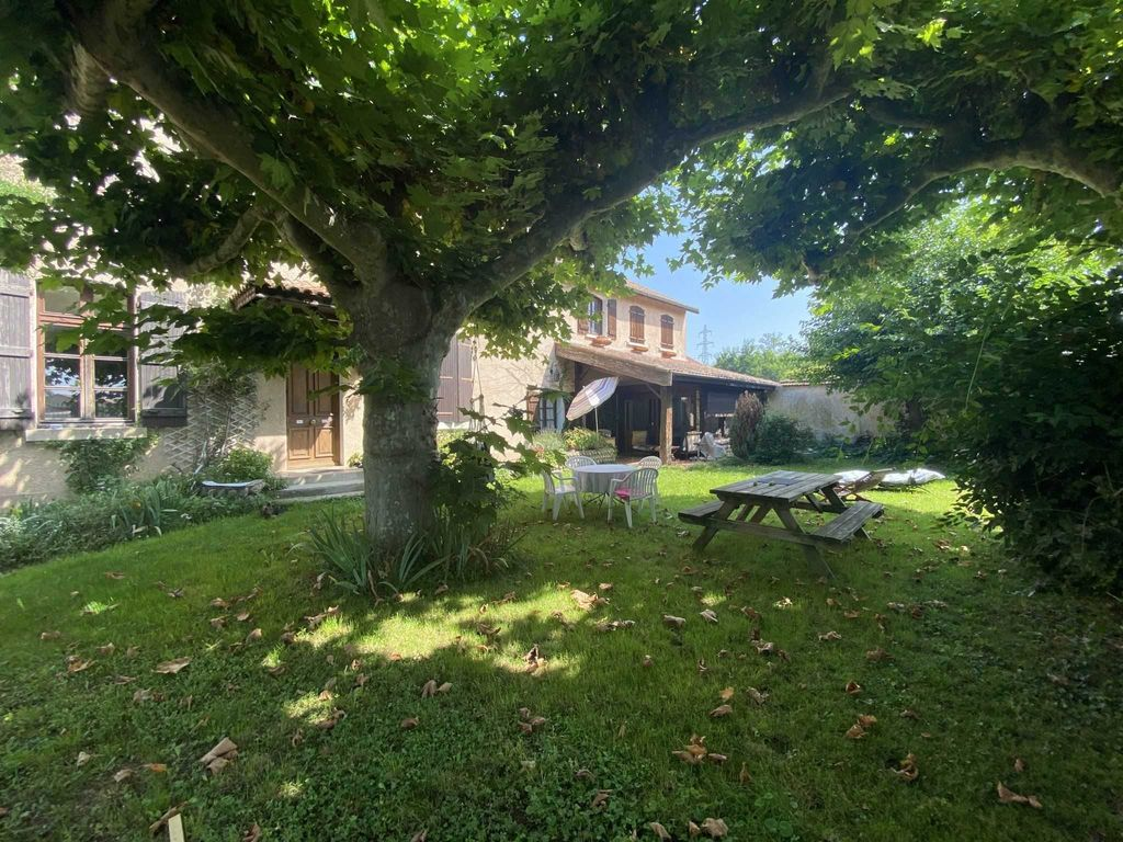 Achat maison 3chambres 300m² - Lapeyrouse-Mornay