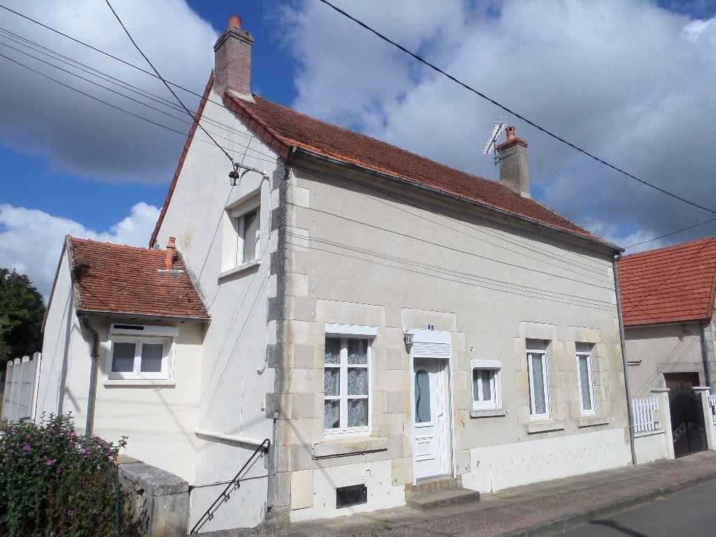 Achat maison 3chambres 104m² - Varennes-lès-Narcy