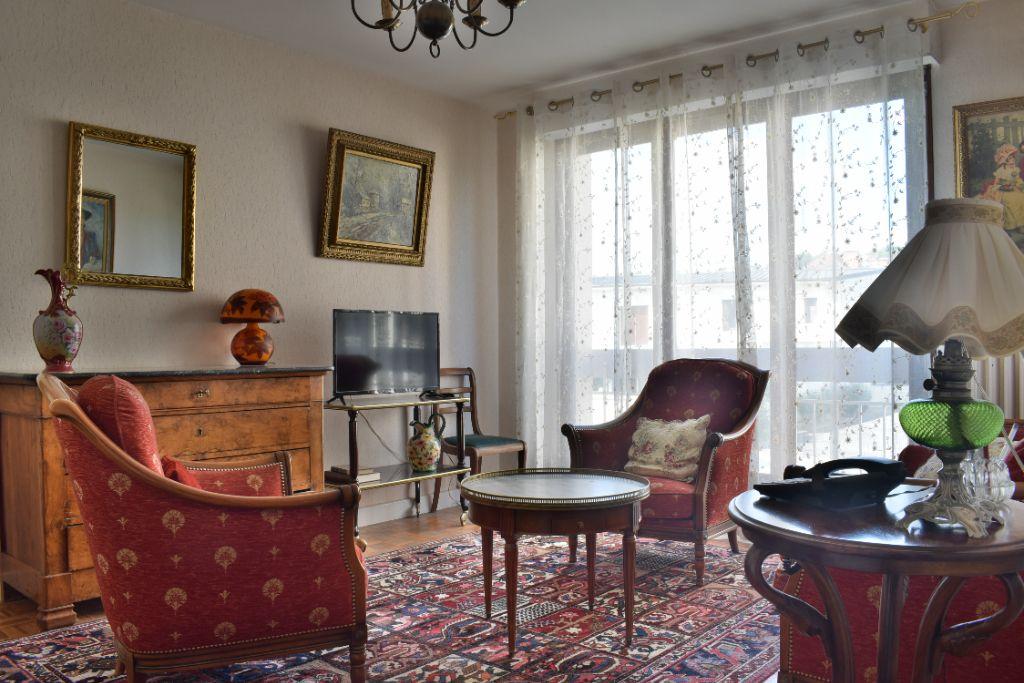 Achat appartement 2pièces 44m² - Brive-la-Gaillarde
