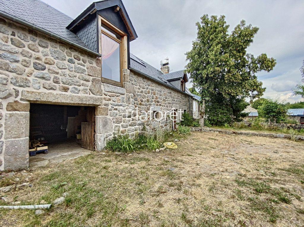 Achat maison 3chambres 140m² - Saint-Urcize