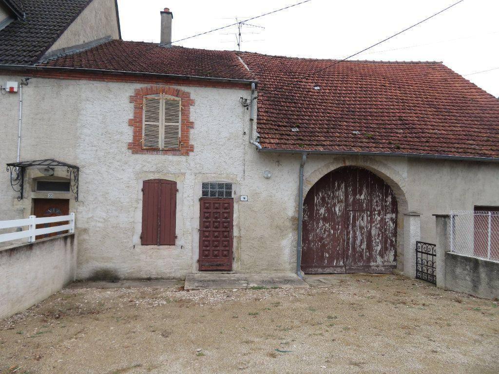 Achat maison 2chambres 128m² - Dole
