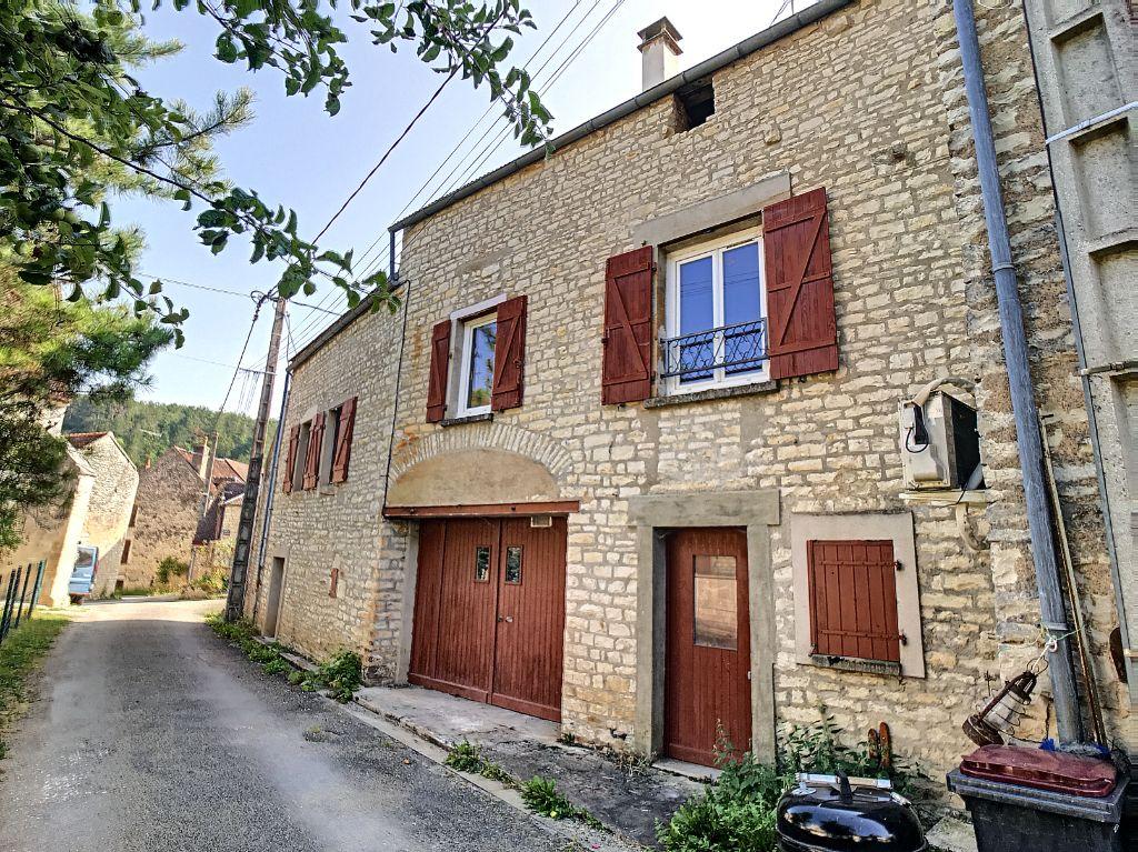 Achat maison 2chambres 77m² - Arcy-sur-Cure
