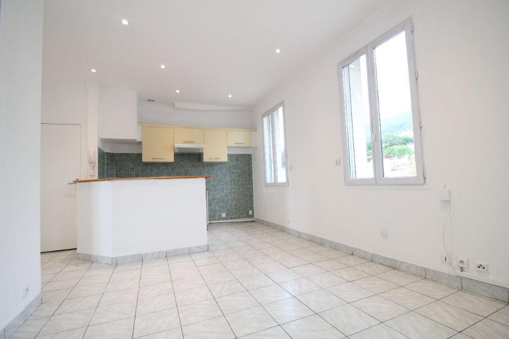 Achat appartement 2pièces 34m² - Toulon