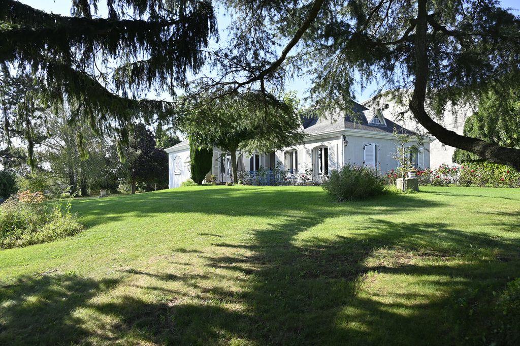 Achat maison 8chambres 250m² - Granges-les-Beaumont