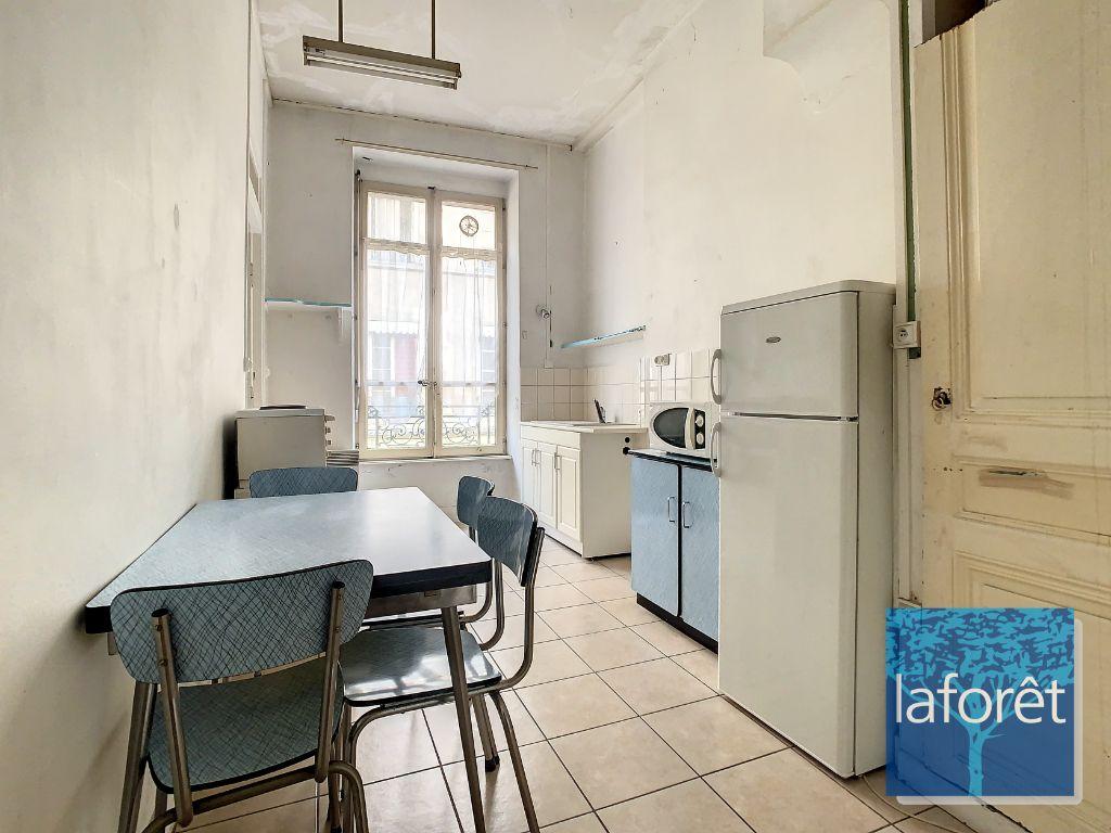 Achat studio 36m² - Lyon 7ème arrondissement