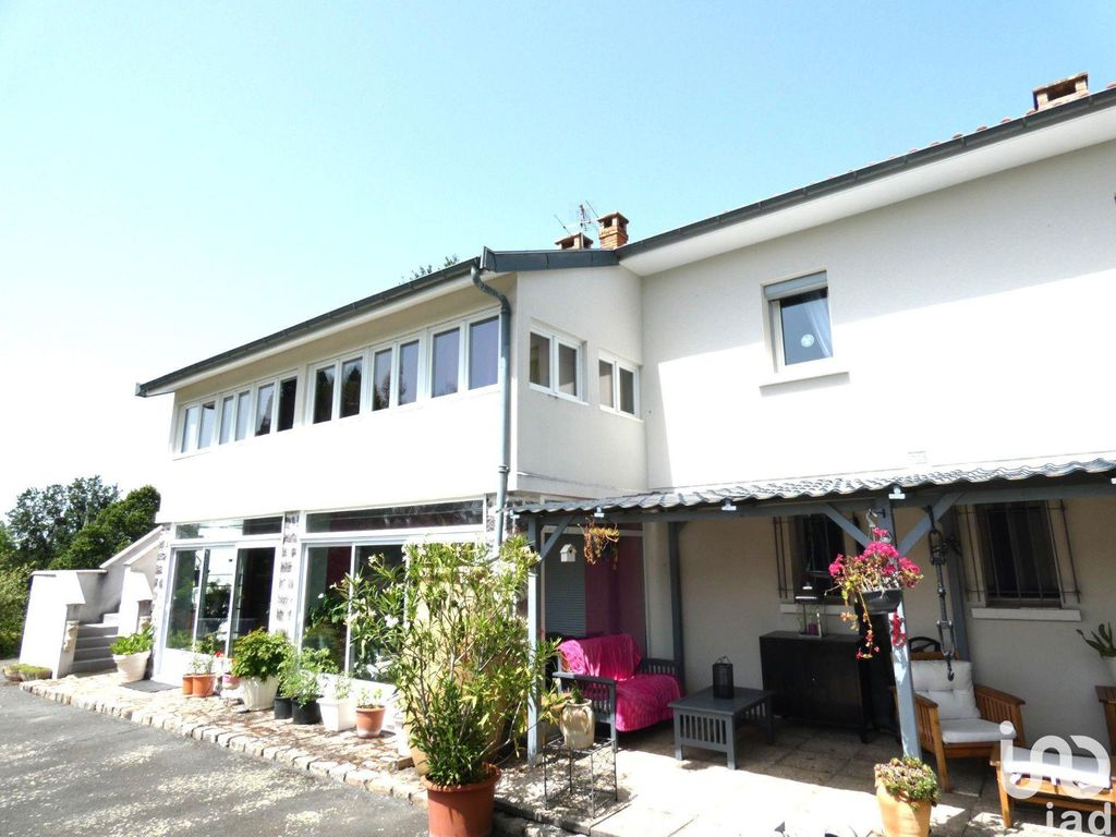 Achat maison 5chambres 220m² - Saint-Genest