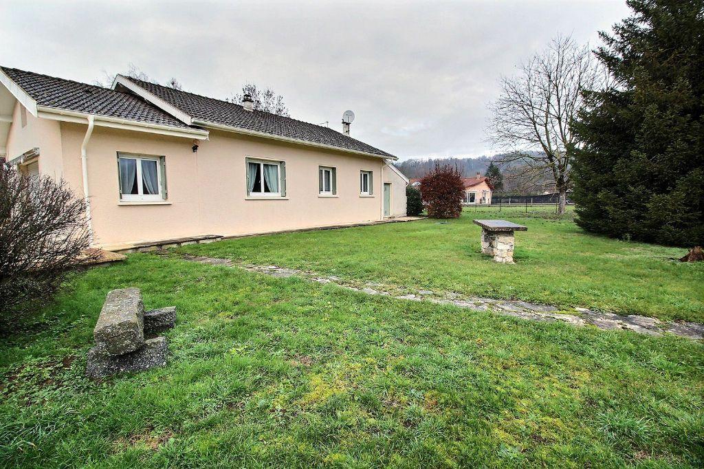 Achat maison 3chambres 114m² - Neuville-sur-Ain