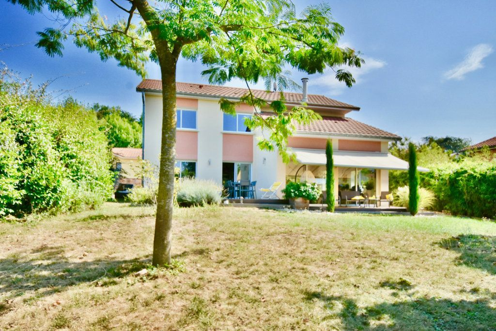 Achat maison 4chambres 171m² - Reyrieux