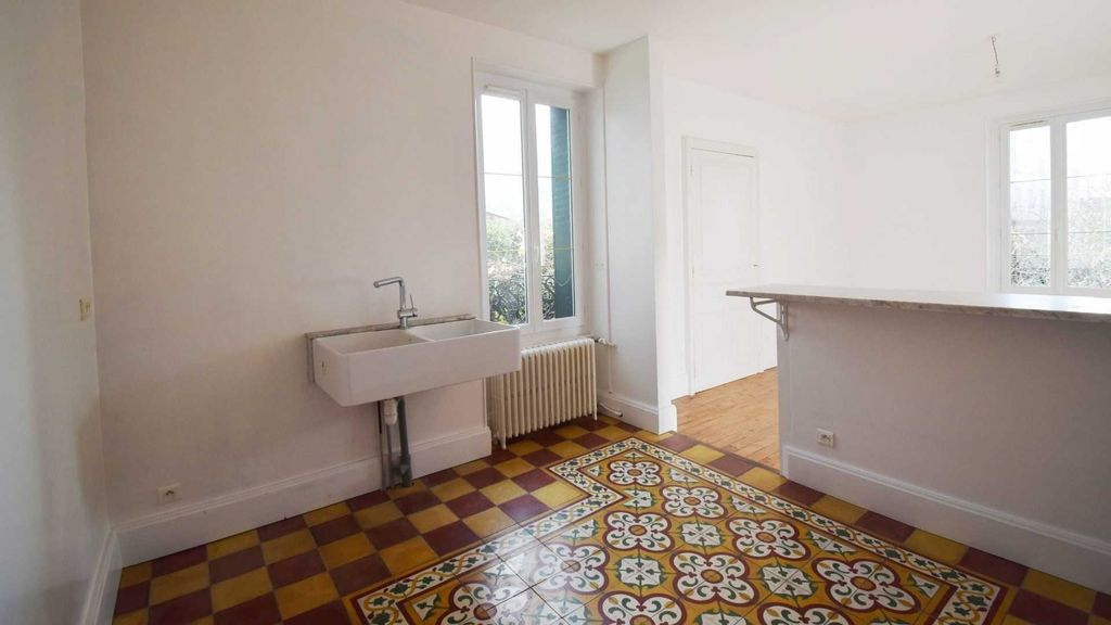 Achat maison 6 chambre(s) - Vichy