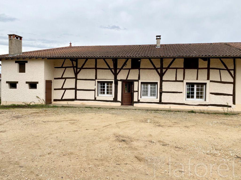 Achat maison 3chambres 110m² - Saint-Étienne-du-Bois