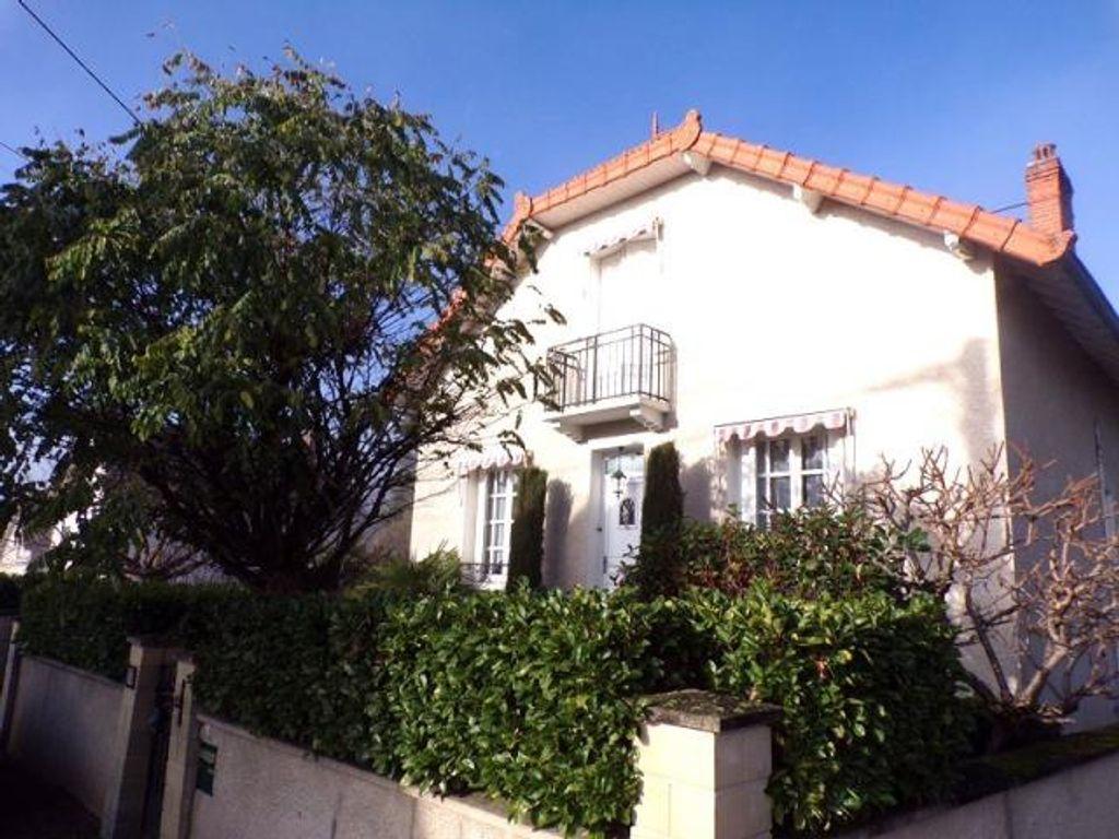 Achat maison 4chambres 138m² - Saint-Germain-des-Fossés