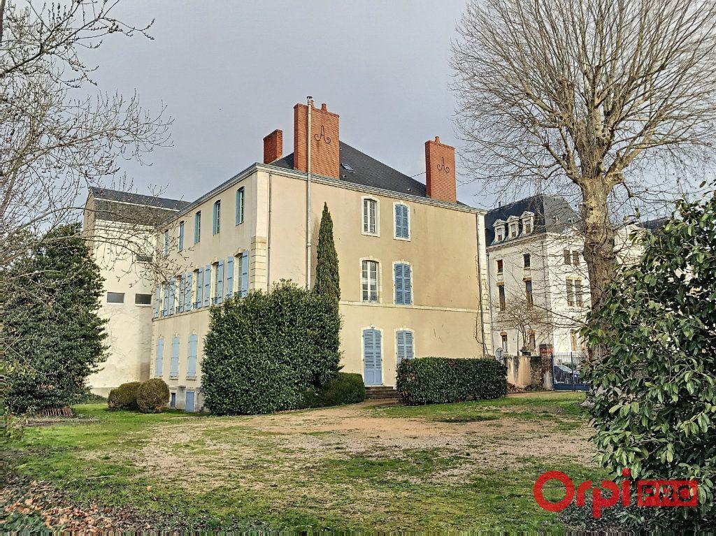 Achat maison 10chambres 1000m² - Montluçon