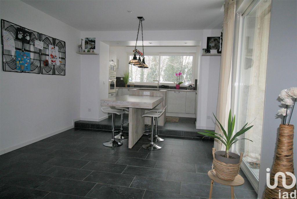 Achat maison 4chambres 177m² - Dortan