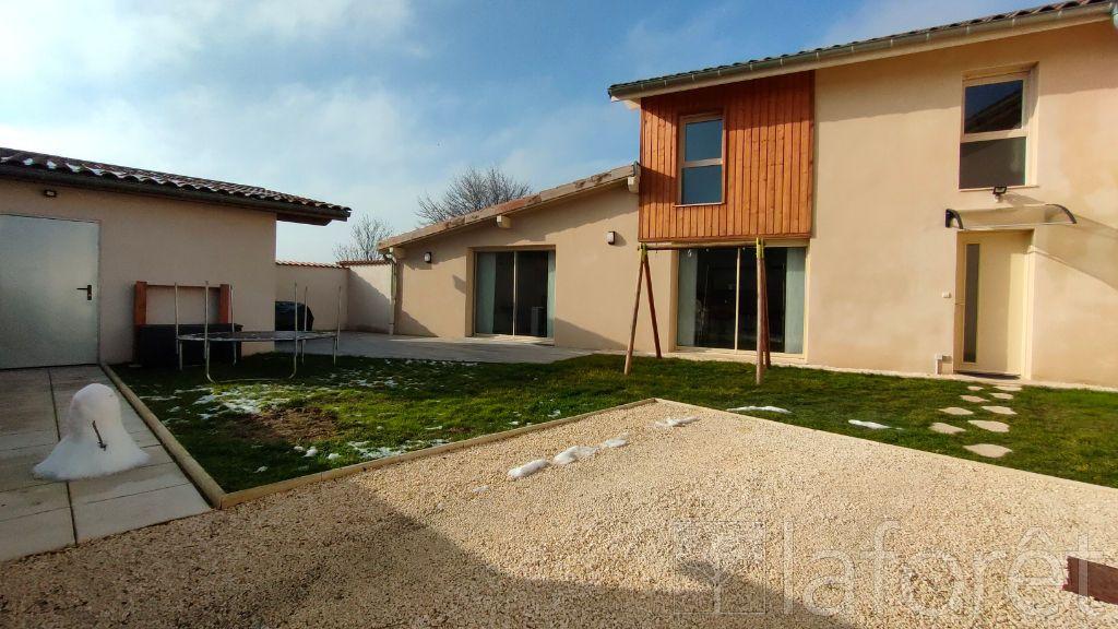 Achat maison 3chambres 125m² - Peyzieux-sur-Saône