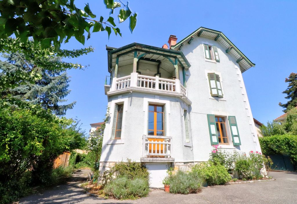 Achat maison 8chambres 210m² - Annecy