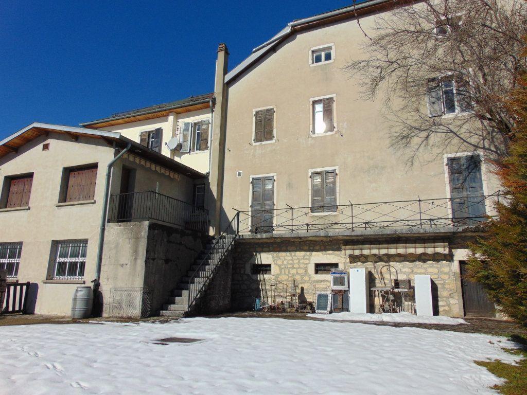 Achat maison 6chambres 264m² - Hauteville-Lompnes