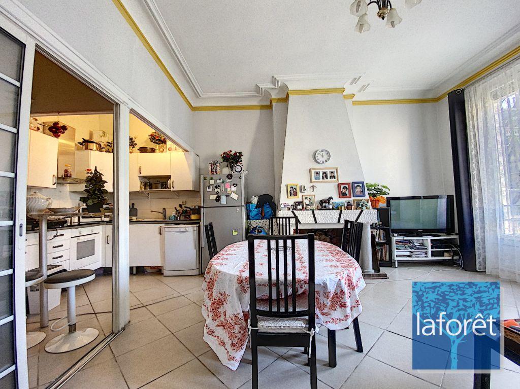 Achat appartement 4pièces 93m² - Marseille 6ème arrondissement