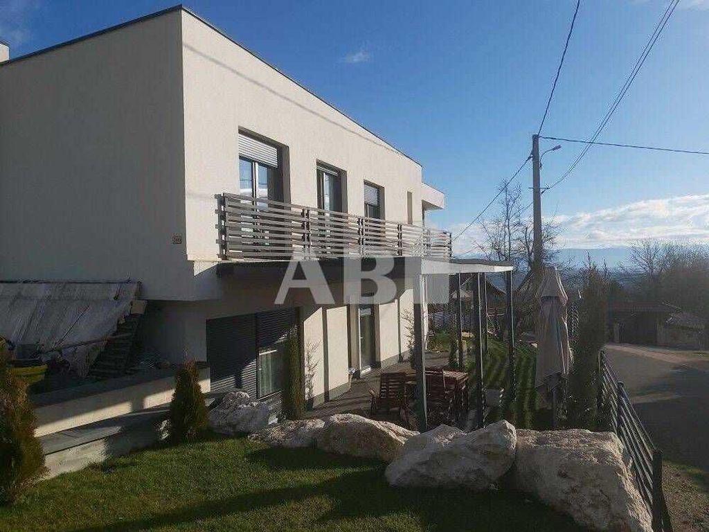 Achat maison 5chambres 146m² - Saint-Jean-de-Gonville