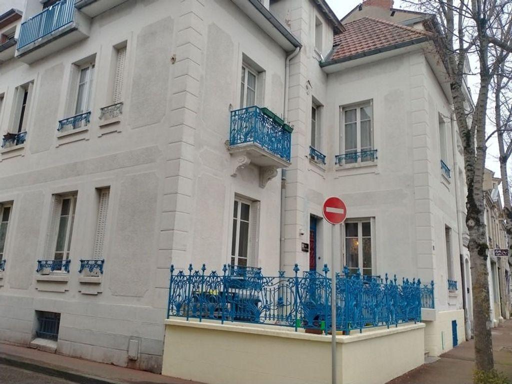 Achat maison 8 chambre(s) - Vichy