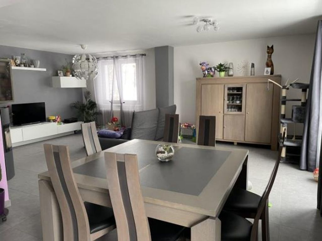 Achat maison 3chambres 157m² - Vercel-Villedieu-le-Camp