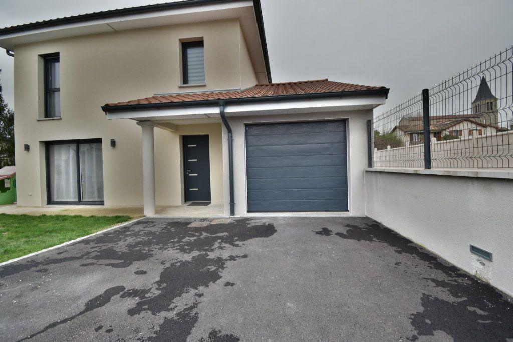 Achat maison 3chambres 104m² - Balan