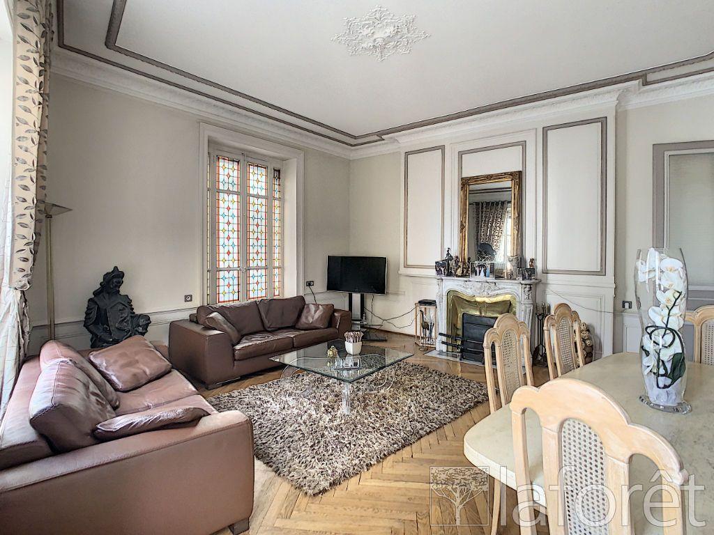 Achat appartement 4pièces 140m² - Lyon 1er arrondissement