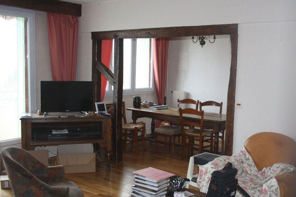 Achat appartement 5pièces 83m² - Auxerre