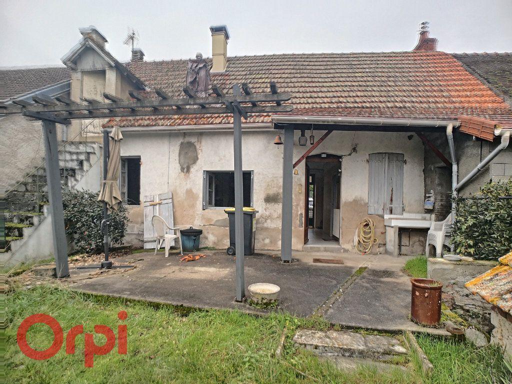 Achat maison 2chambres 75m² - Saint-Rémy-en-Rollat