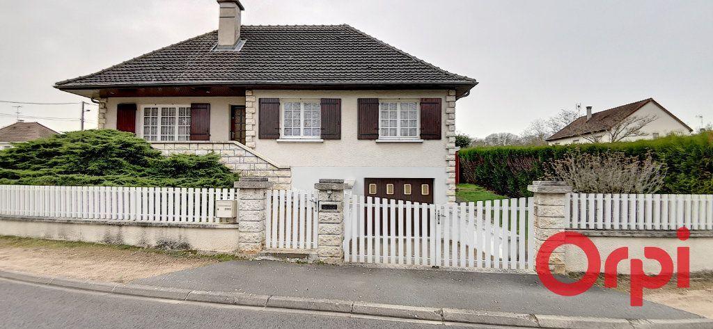Achat maison 2chambres 160m² - Commentry